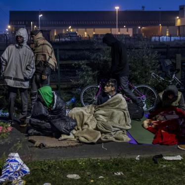 France: Unfinished Calais Efforts Leave Many at Risk