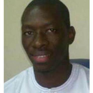 Gambie : Appel à la libération d'un journaliste incarcéré et malade