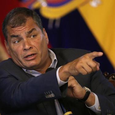 Correa asfixia a la prensa