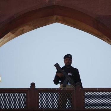 Pakistan: Overhaul Abusive Police Force
