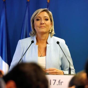 Le Pen appelle à refuser aux enfants étrangers le droit à une éducation gratuite en France