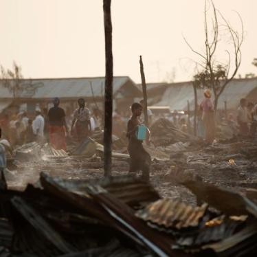 Burma: Rohingya Recount Killings, Rape, and Arson