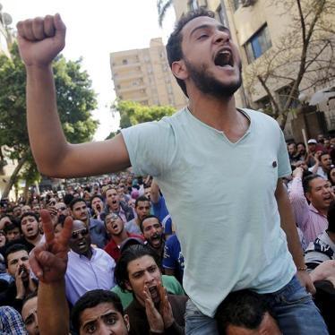 سجن عشرات المتظاهرين المصريين ظلما