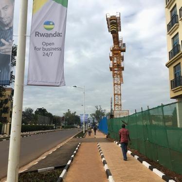 Rwanda : Enfermer les pauvres