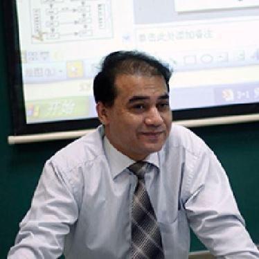 Ilham Tohti est le lauréat 2016 du Prix Martin Ennals pour les défenseur-e-s des droits humains