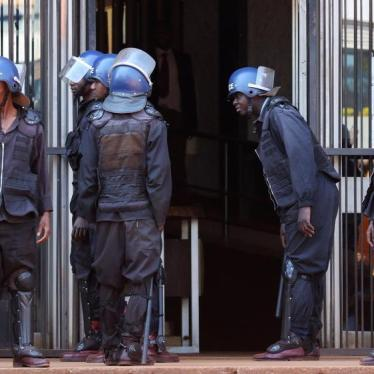 Zimbabwe Bans Demonstrations in Harare