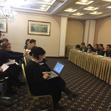 Казахстан: Правозащитные группы подвергаются притеснениям