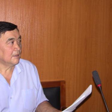 Kazakhstan: Journalist Stabbed En Route to Brief Diplomats