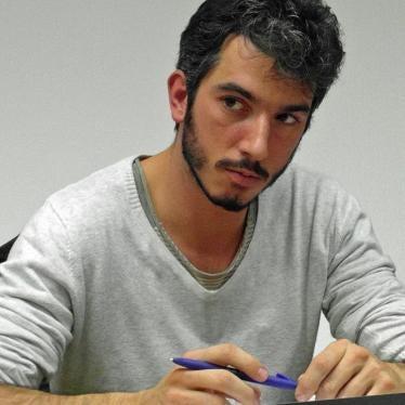 Turkey Should Release Detained Italian Writer