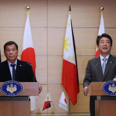 "Abe's Shameful Silence on Duterte's Abusive ""War on Drugs"""