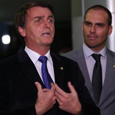 Bolsonaro dá aula à PM