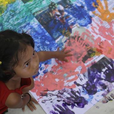 Pilipinas: Mga Estudyanteng LGBT Nakararanas ng Bullying, Abuso