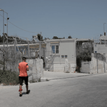Greece: Lone Migrant Children Left Unprotected