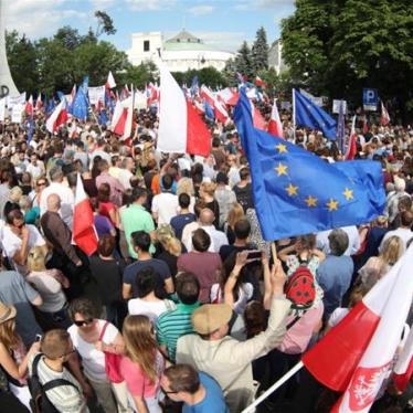 Poland: Draft Law Threatens Supreme Court
