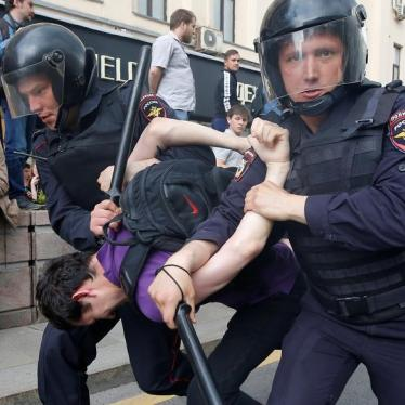 Russia: Peaceful Protesters Detained, Abused