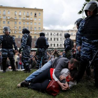 Witness: Beaten by Police in Moscow