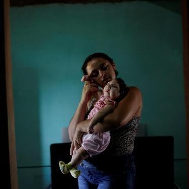 Brésil : L'épidémie de Zika met en évidence les insuffisances sur le plan des droits humains