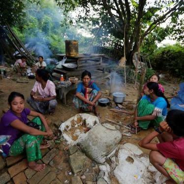 ビルマ:衛星画像、ラカイン州での火災をとらえる