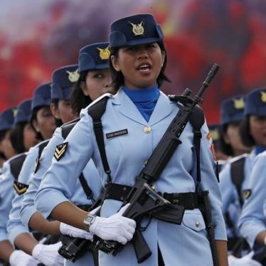 """Indonesia: """"Tes Keperawanan"""" Semena-mena Masih Terus"""
