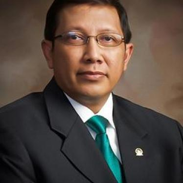 Indonesian Religion Minister's Contradictory LGBT 'Embrace'