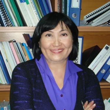 Кыргызстан: Президент страны преследует критиков