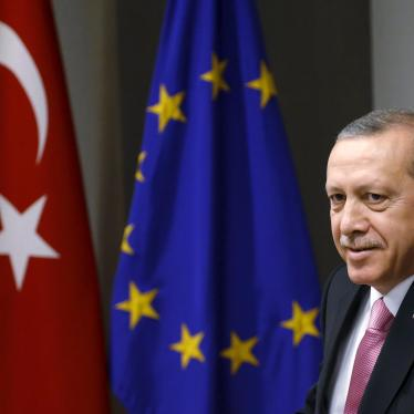 AB/Türkiye: Erdoğan'la Toplantının Merkezinde Haklar Olmalı