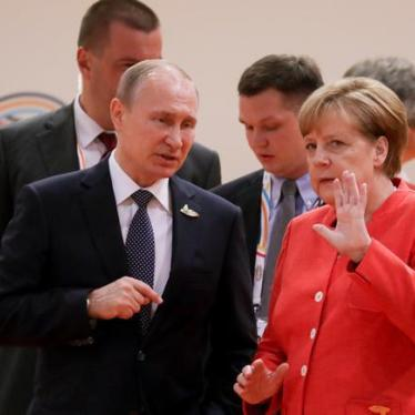 Germany: Put Rights on Agenda for Putin Meeting