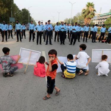 Pakistan: Escalating Limits on Association, Speech