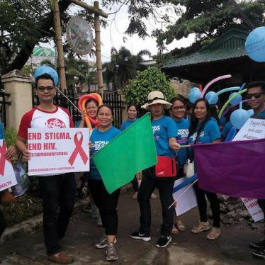 New UNAIDS Philippines Chief Makes Condoms a Priority