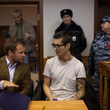 Moscow Court Overrules Expulsion Order of Uzbek Journalist