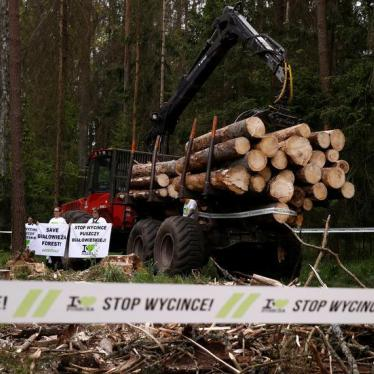 Polish Crackdown Ahead of Climate Talks