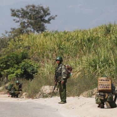 ミャンマー:元子ども兵士への有罪判決、取り消すべき