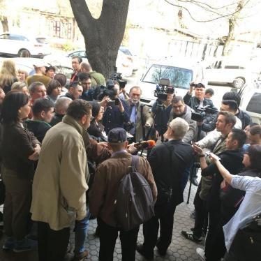 Казахстан: Уголовное дело против двух независимых СМИ