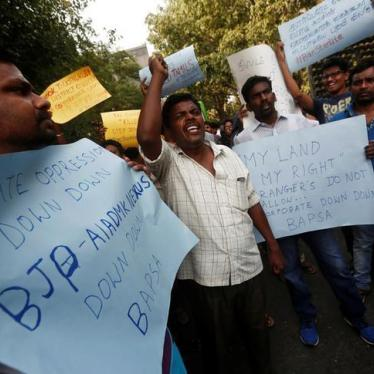 India: Police Fatally Shoot Copper Plant Protesters