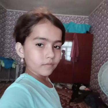 Tajikistan: Allow 10-Year-Old to Reunite with Mother