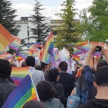 Türkei: Ankara soll Verbot von LGBT-Veranstaltungen aufheben
